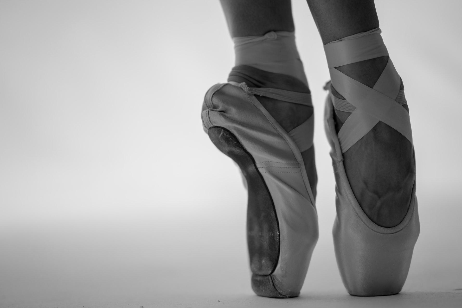 Fysioterapeutti tanssijoiden terveyden tukena